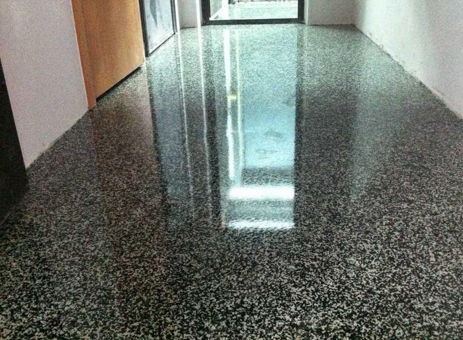 Где сделать наливные декоративные полы бетон и гидроизоляция